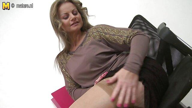 Penthouse Pet Nikki Benz arado peliculas eroticas online gratis subtituladas en su coño por Blonde Buck!