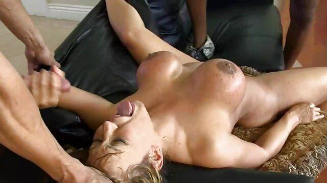 Ella quiere más videos videos eróticos 3