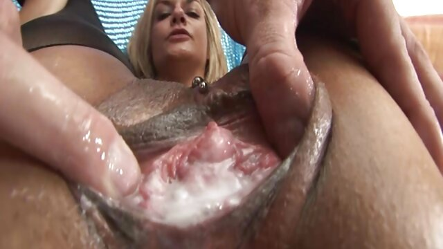 Brutal geiler videos para mujeres eroticos 3er. Kira aus hamburgo