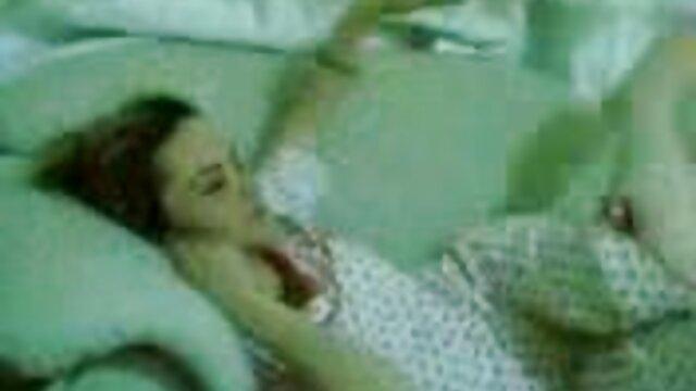 Jovencita rubia bonita videos porno masajes sensuales Courtney Paige follando con pasión
