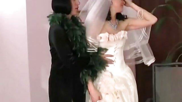 Sierra Nicole ama a su hermano porno masaje sexual