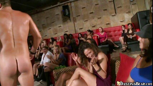 Preciosa jovencita recibe sexo caliente videos eroticos de parejas