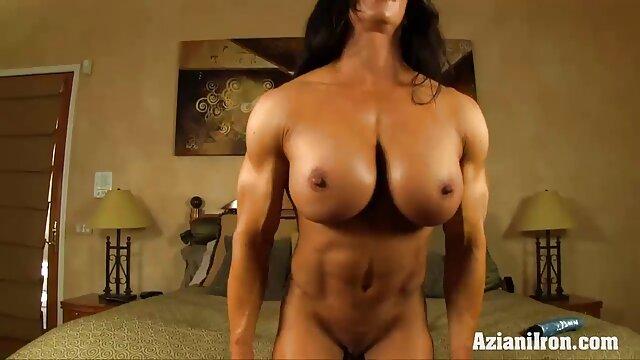 RealityLovers - Foursome A la mierda en el espacio video erotico sensual exterior