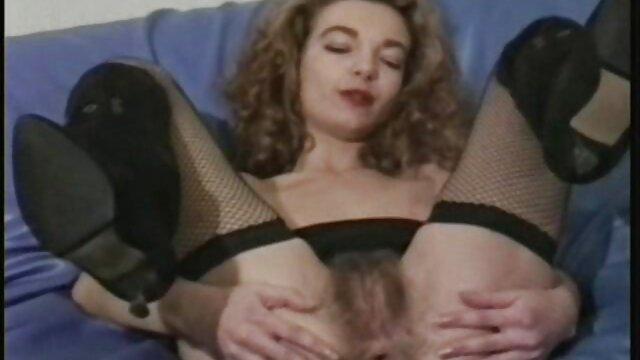 MatureReality - Mamá tetona Katrin Kozy se folla a videos erocticos xxx su inquilino