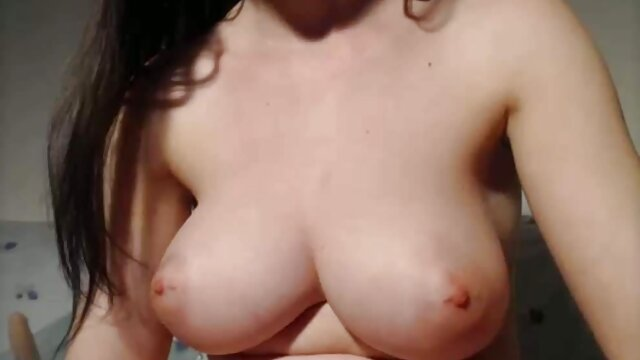 Adolescente rubia brutalmente follada por peliculas online eroticas en español un chico que conoció en línea