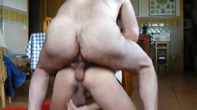 Puedes echar un vistazo a mis pelicula erotica madura bragas mientras sacudo mi culo de 18