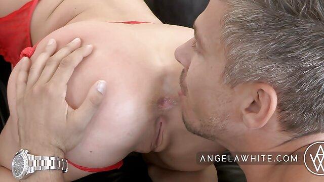 Caliente gimiendo chica se masturba amateur erotico