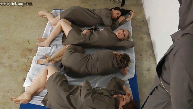 PAWG Kelsi Monroe se perfora pelis eroticas xxx