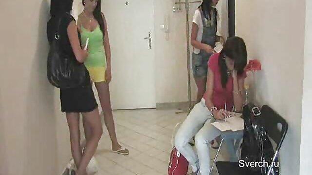 Pequeña eroticasporno adolescente Piper Perri atada y destrozada durante el casting