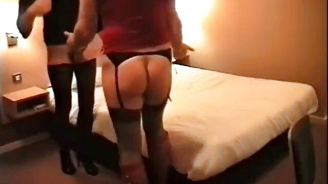 Muy lindo en medias y los videos mas eroticos xxx sussies