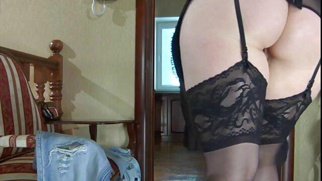 Petite Girl Rio Petite necesita video chat eroticos algo de amor