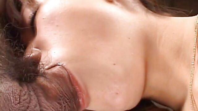 Dos reparadores cleopatra pelicula erotica se follan a la abuela tetona