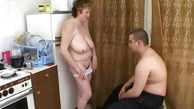 Caliente videos eroticos de curas morena consolador bate