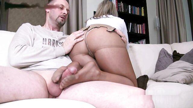 Paja de zapatos trabajando con el pie videos eroticos mature