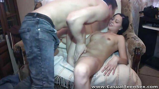Morena cine erotico xx cachonda por sexo con su novio