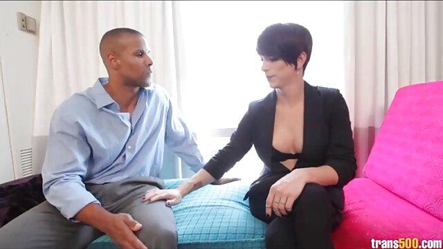 La linda peliculas eroticas gratis en espanol zorra Shane Blair es follada por su hermanastro colgado