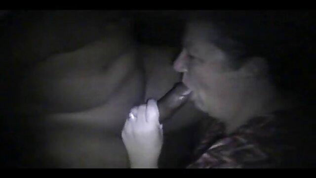 Hermano seduce a peliculas eroticas clasicas italianas su pequeña hermanastra para follar cuando los padres no están