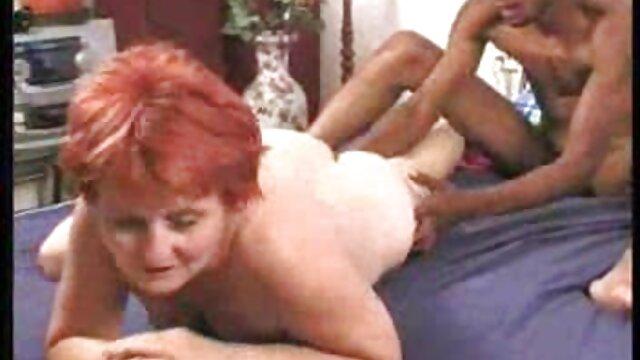 Cutie videos masajes sensitivos se masturba hasta que un chico se la come y se la folla